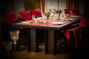 Red Dining Table -Lykke