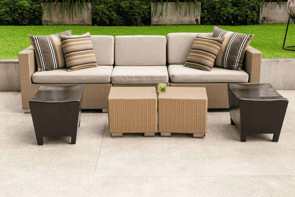 Outdoor Furniture Ideas for Entertaining Guests